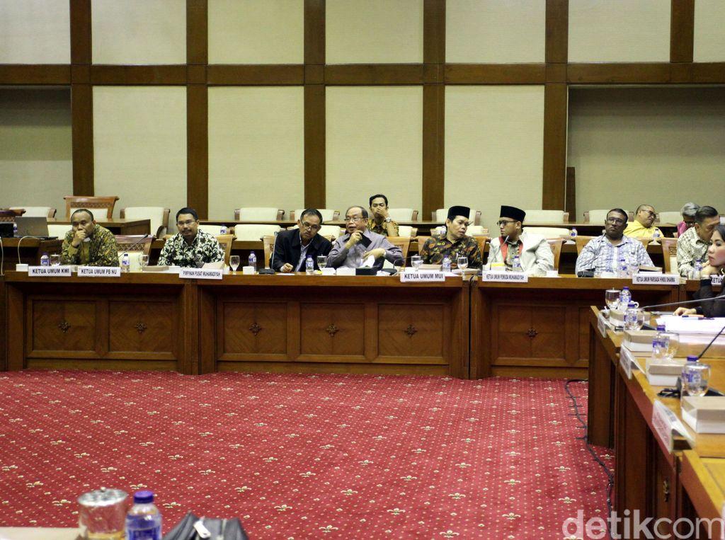 DPR dan Tokoh Agama Bahas Revisi UU Terorisme