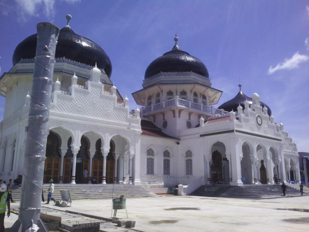 Ulama Aceh Minta Jemaah Tarawih di Masjid Pakai Masker-Bawa Sajadah Sendiri