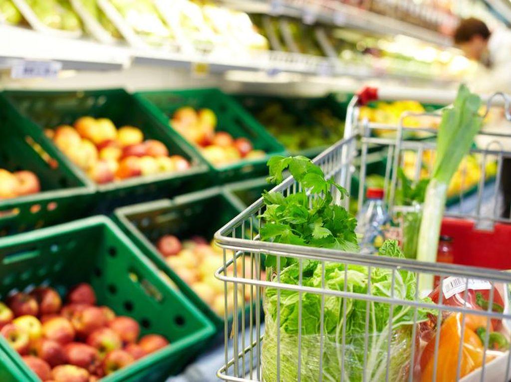 Ahli Sarankan Mencuci Buah dan Sayur yang Dibeli dari Supermarket