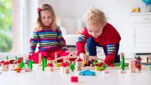 Kata Dokter, Tiap Anak Tak Bisa Diberi Stimulasi yang Sama Lho