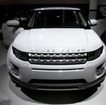 Lagi Isi Bensin di SPBU, Range Rover Dicuri Maling