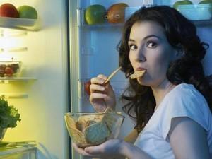 Waktu Ngemil dan Camilan yang Disarankan Para Pakar Diet