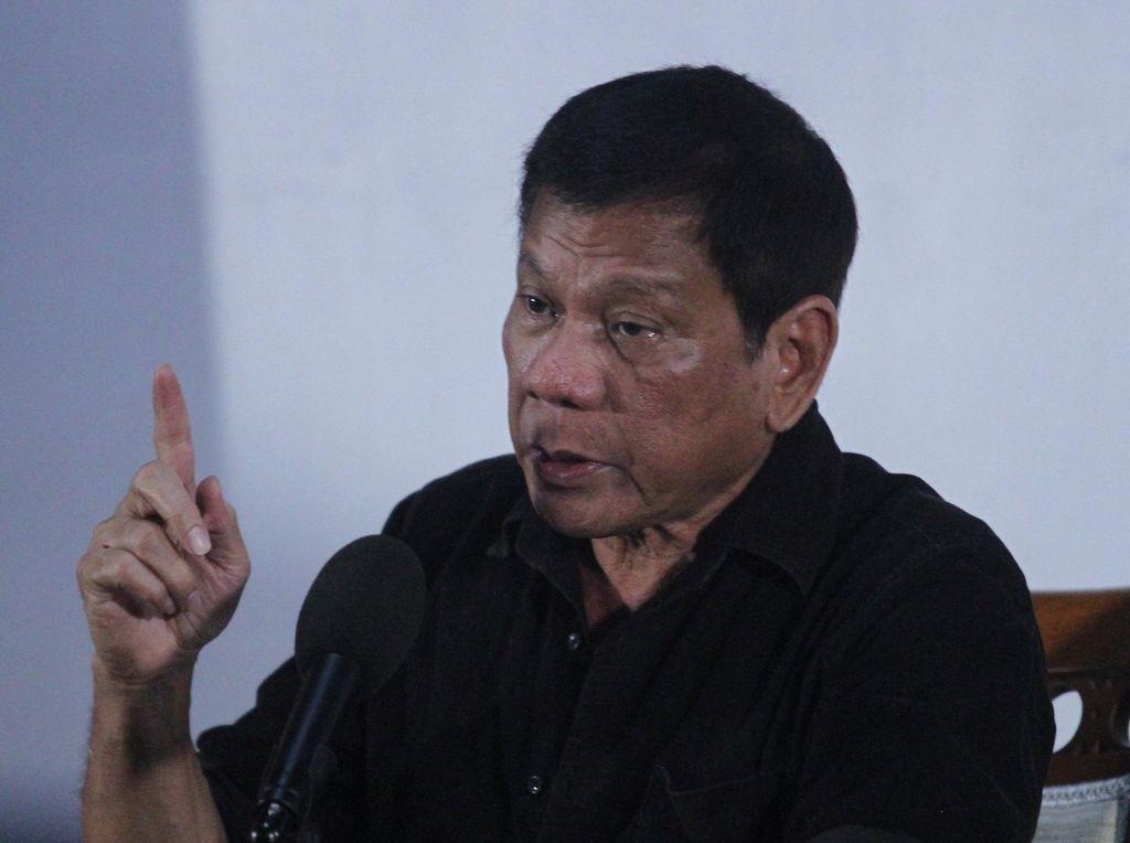 Pulau Luzon Di-lockdown, Duterte Minta 55 Juta Penduduk Tak Keluar Rumah