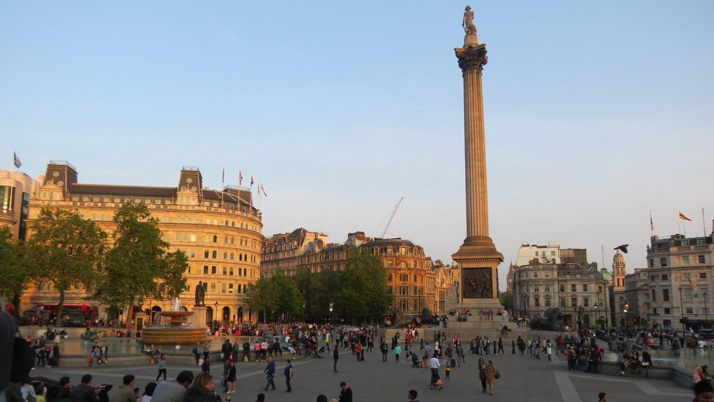 Ngabuburit di London, dari Trafalgar Sampai Picadilly