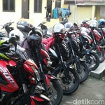 Komunitas Kawasaki Bajaj Pulsar 200 NS Gelar Baksos