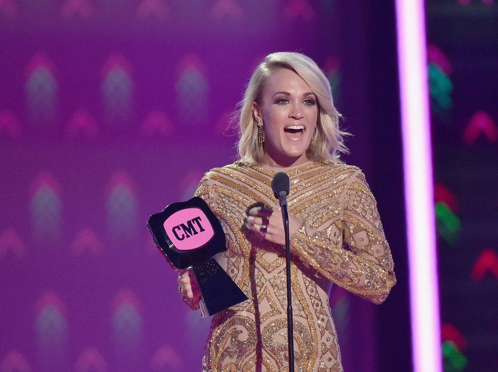 Ungkapan Kesedihan Carrie Underwood yang Pernah Keguguran 3 Kali
