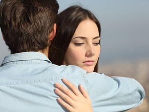 Sudah Pacaran Bertahun-tahun Tapi Tak Juga Diajak Menikah