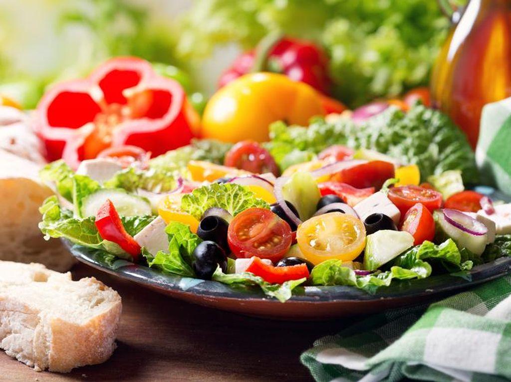 Pria Ini Turun BB 24 Kilogram karena Rutin Makan Salad Sebelum Makanan Utama