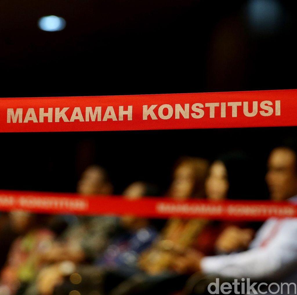 Dengar Isu Jabatan Hakim MK Akan Jadi Seumur Hidup, KSM Lapor Ke Dewan Etik