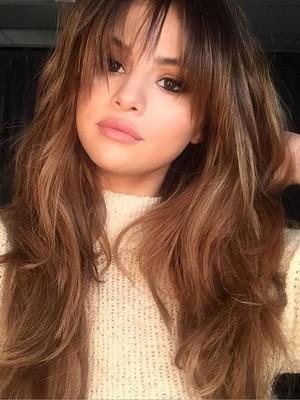 Trik Sehat Selena Gomez: Makan dan Minum Jahe Setiap Pagi