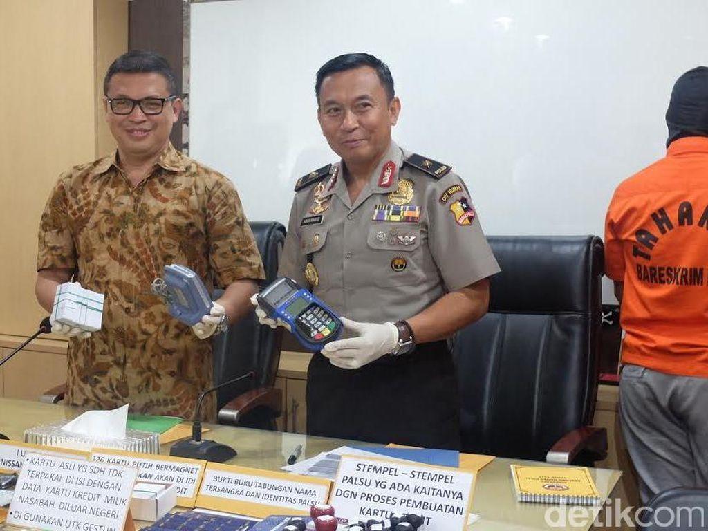 Pengusaha Gesek Tunai Dibekuk, Polisi: Kartu Kredit Bukan untuk Tarik Tunai
