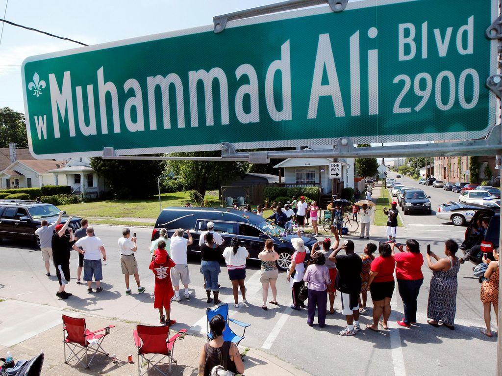 Muhammad Ali Diabadikan Jadi Nama Bandara di AS