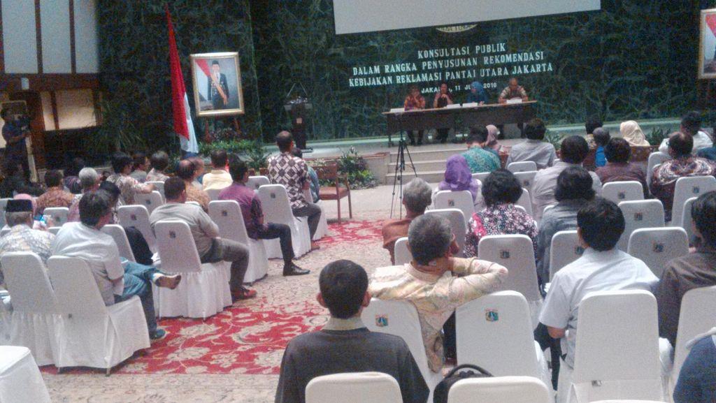 Di Forum Konsultasi, Warga Keluhkan Minimnya Sosialisasi Soal Reklamasi