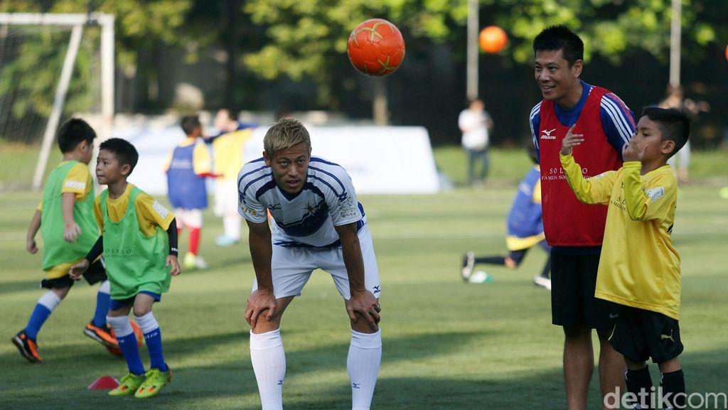 Coaching Clinic ala Keisuke Honda untuk Anak-Anak di Jakarta