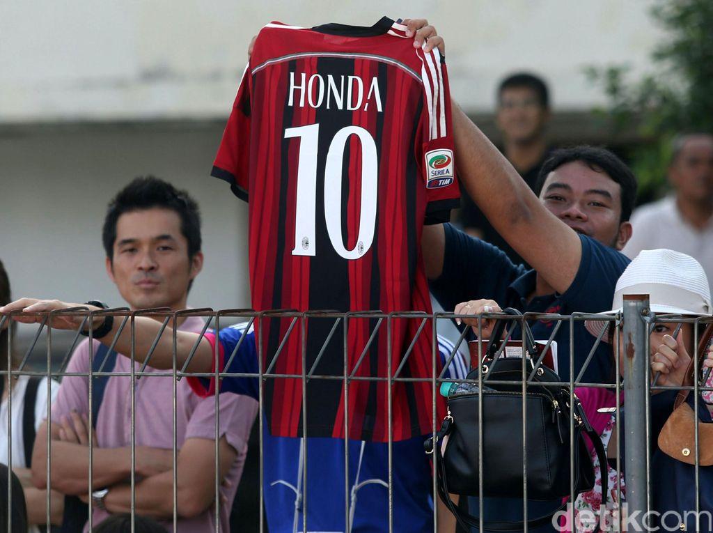 Keisuke Honda Dulu di AC Milan, Kini di Premier League Azerbaijan