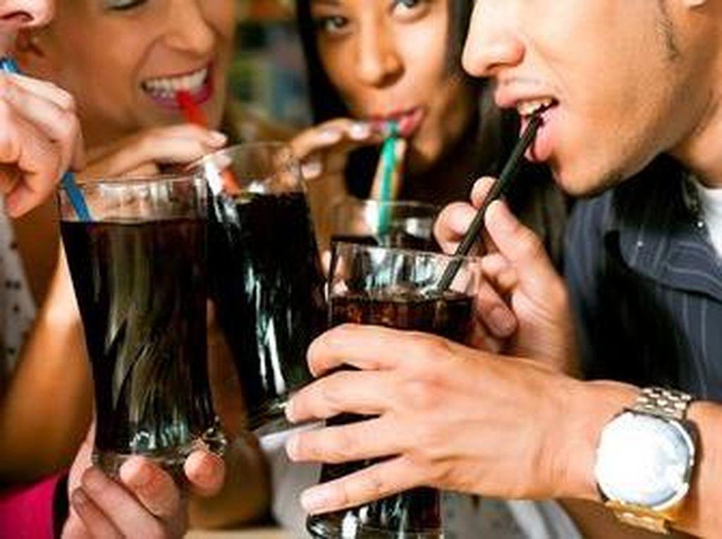 Peneliti Sedang Kembangkan Minuman Bersoda untuk Pengobatan Kanker