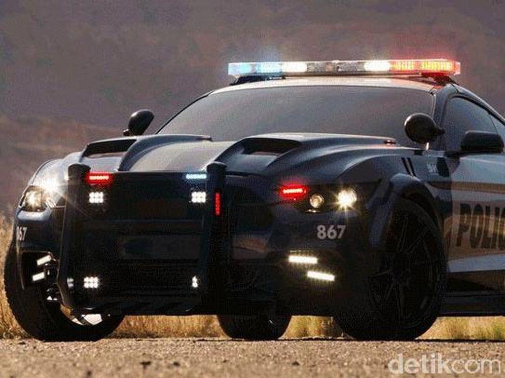 Mobil Polisi Ini Bakal Ramaikan Film Transformers: The Last Knight