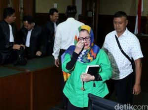 Artidjo Alkostar dkk Kuatkan Vonis 8 Tahun Dewie Yasin Limpo