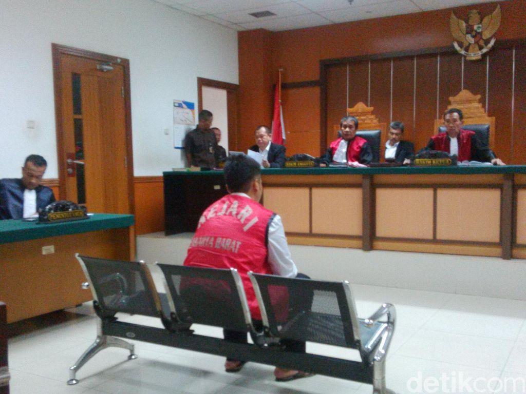 Riki, Pengemudi Maut Geger Kalijodo Dituntut 6 Tahun Penjara