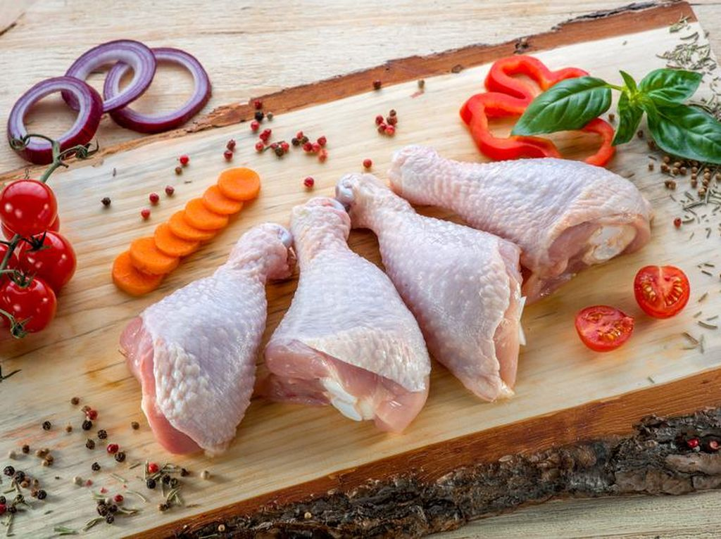 Pecinta Ayam, Pastikan Ciri-ciri Ini Agar Terhindar dari Penyakit