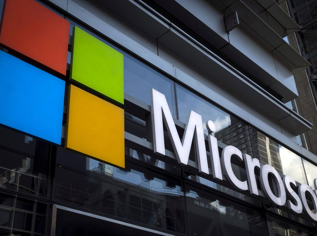 Ribuan Fans Microsoft Tandatangani Petisi Selamatkan Surface Phone