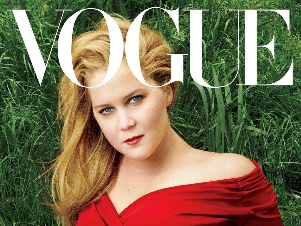 Komedian Amy Schumer Pertamakalinya Jadi Model Sampul Majalah Vogue