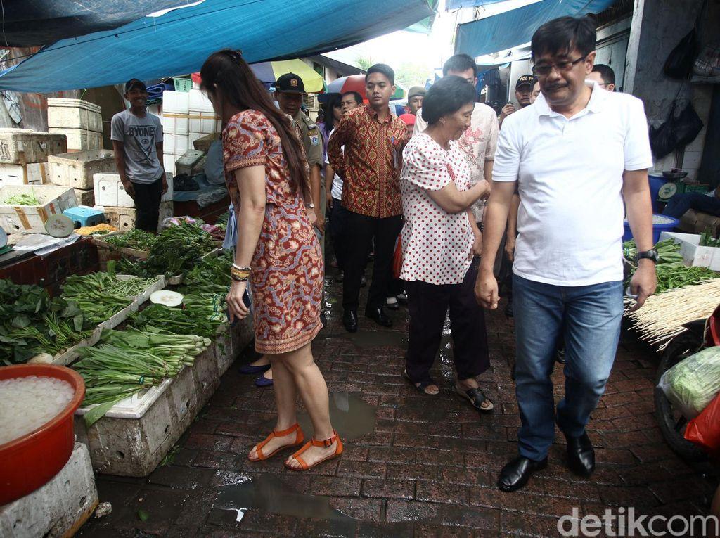 Wagub Djarot Blusukan ke Pasar Petak Sembilan