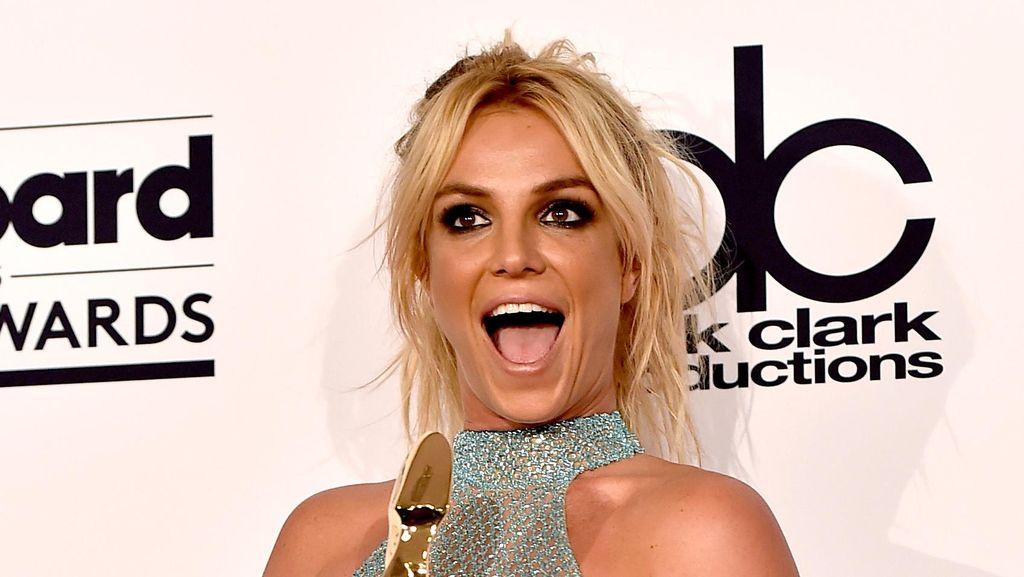 Britney Spears Mengaku Sudah Muak Berkencan
