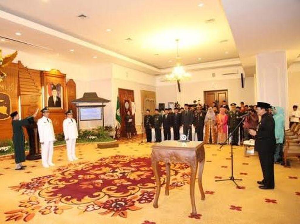 Lantik Bupati dan Wabup Tuban, Gubernur Jatim: Sejahterakan Rakyat