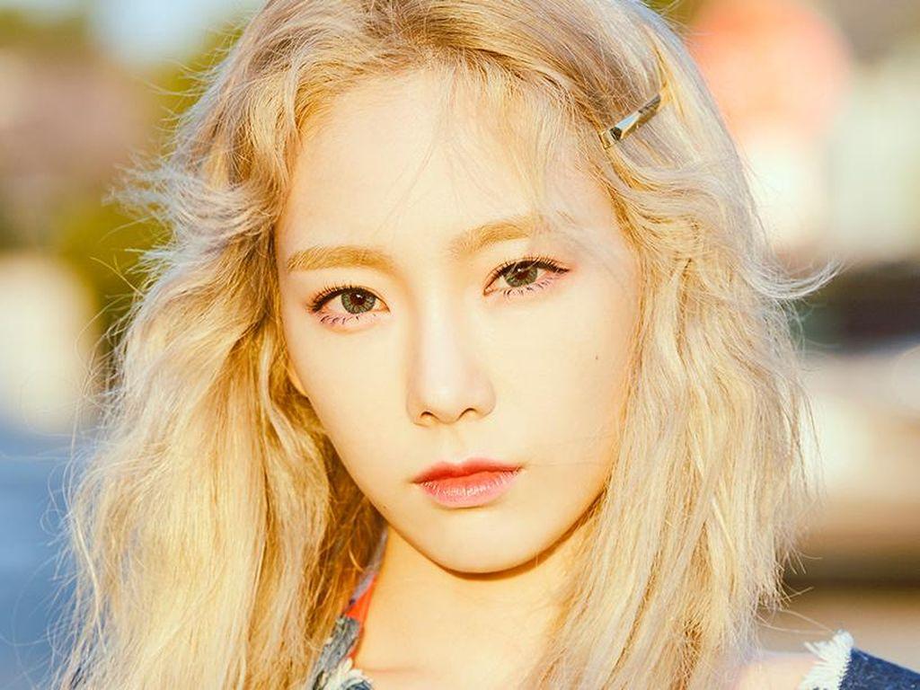 Ditinggal Ayah di Hari Ulang Tahun, Taeyeon Tulis Pesan Haru