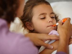 Inilah 3 Cara Alami Atasi Flu si Kecil