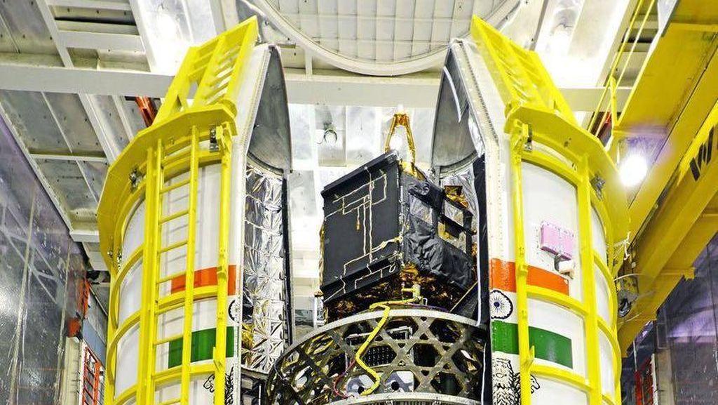 Satelit Asli Bogor Bersiap Melesat di India