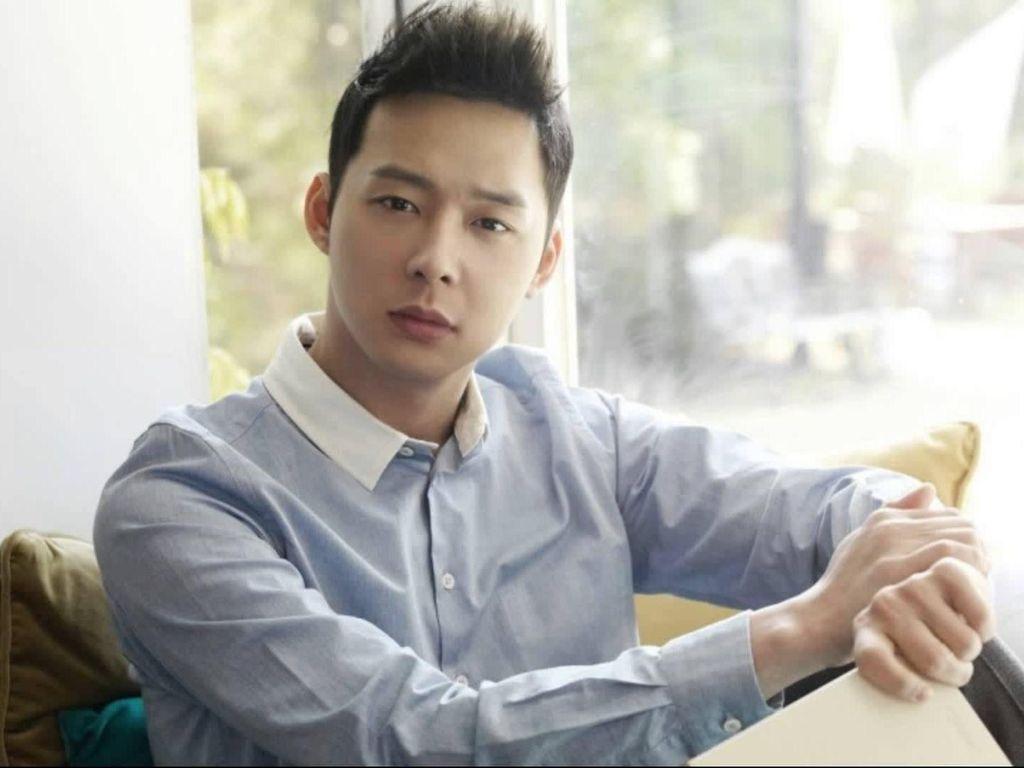 Polisi Ajukan Surat Perintah Penangkapan Yoochun JYJ