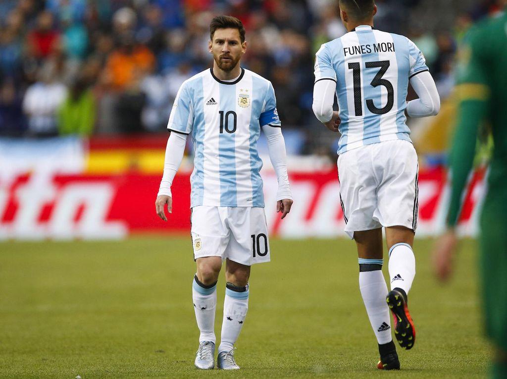 Messi Mengejar Vargas
