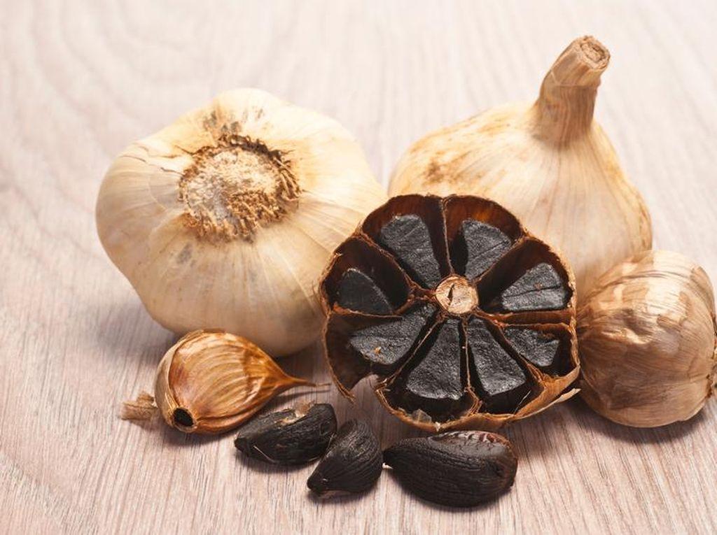 Benarkah Black Garlic Lebih Sehat Dibanding Bawang Putih Biasa?