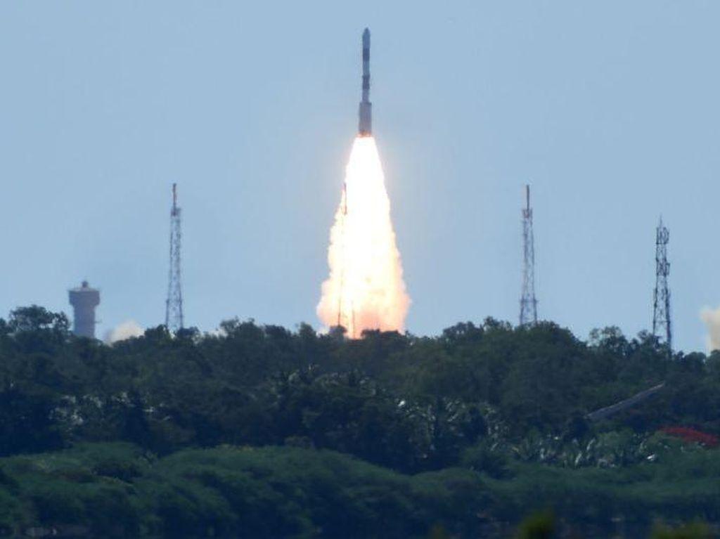 RI Mau Bangun Tempat Peluncuran Roket, Sudah Ada Investornya?