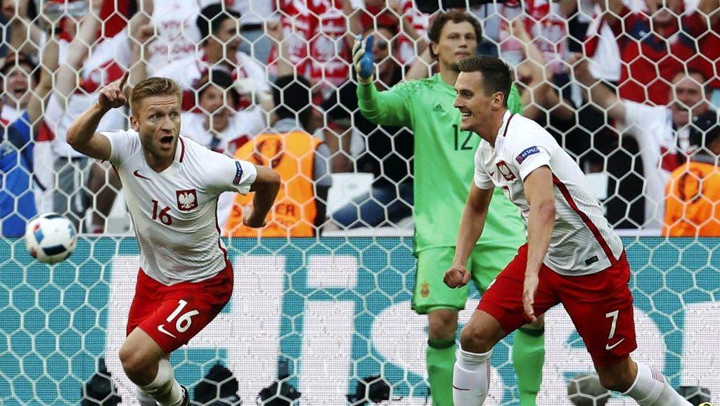 Polandia Lolos ke Babak 16 Besar Piala Eropa 2016