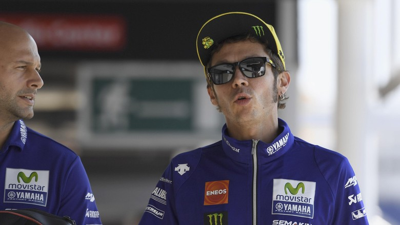 Berandai-andai Valentino Rossi ke F1 Gabung Mercedes