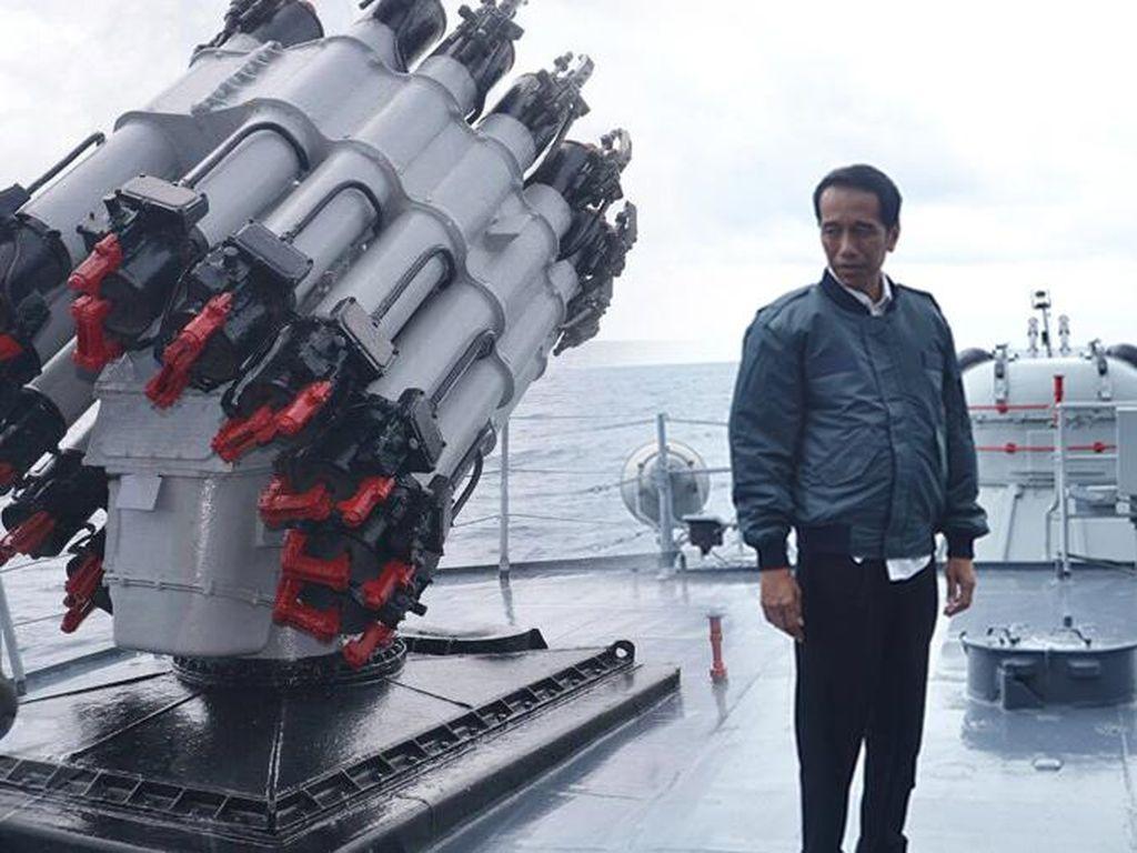 Kenapa Kapal Perang RI Tak Menembak Kapal China di Natuna?