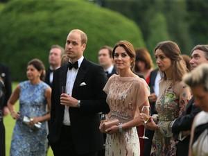 12 Hal Ini Selalu Dilakukan Kate Middleton Saat Gelar Jamuan Makan (2)