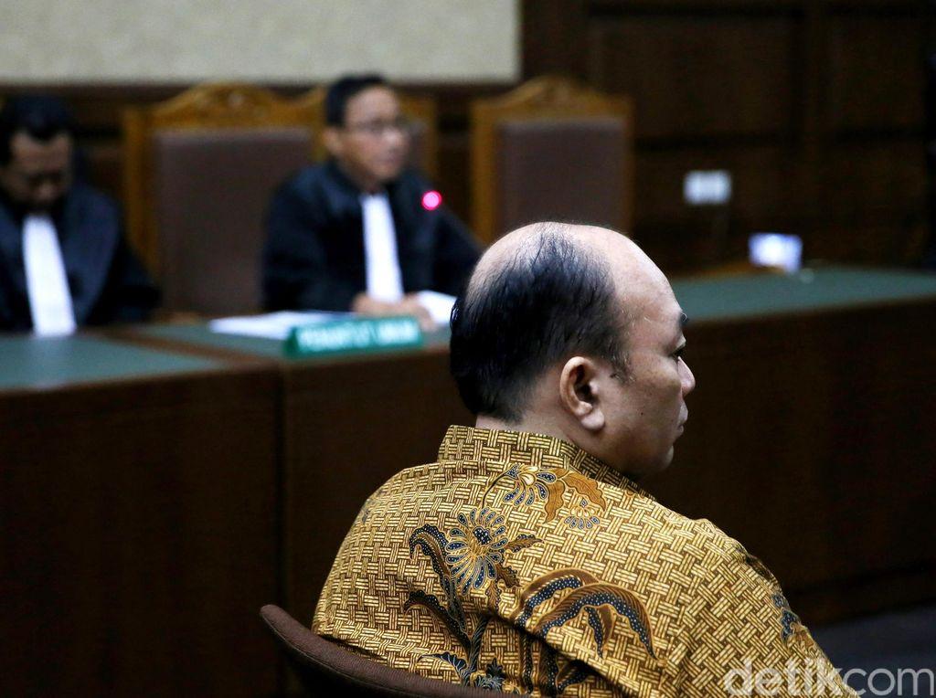 Pengacara Asep Beri Rp 75 Juta ke Pejabat MA, Atur Pengkondisian Hakim Agung