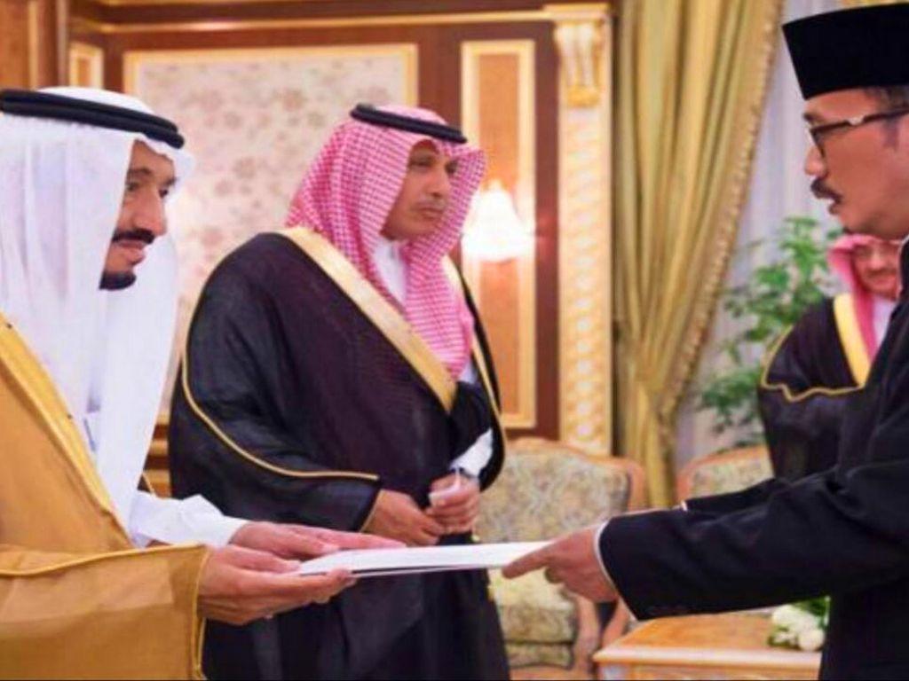 Dubes Agus Maftuh Serahkan Surat Kepercayaan kepada Raja Saudi