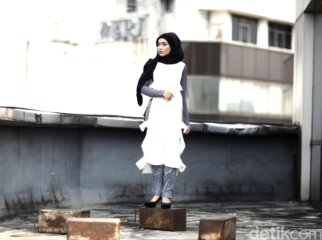 Tutorial Hijab untuk Hangout dari Kanya Cittasara, Hijabers Asal Bali