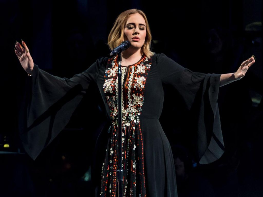 Kalah Jumlah Nominasi Grammy dengan Beyonce, Adele Berkuasa di Billboard