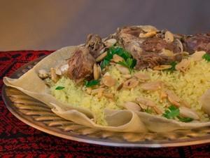 Gurih Berempah, Nasi Mandi Khas Timur Tengah Ada di 5 Tempat Ini