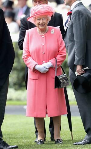 Dikabarkan Meninggal Dunia, Ratu Elizabeth Kembali Jadi Korban Hoax