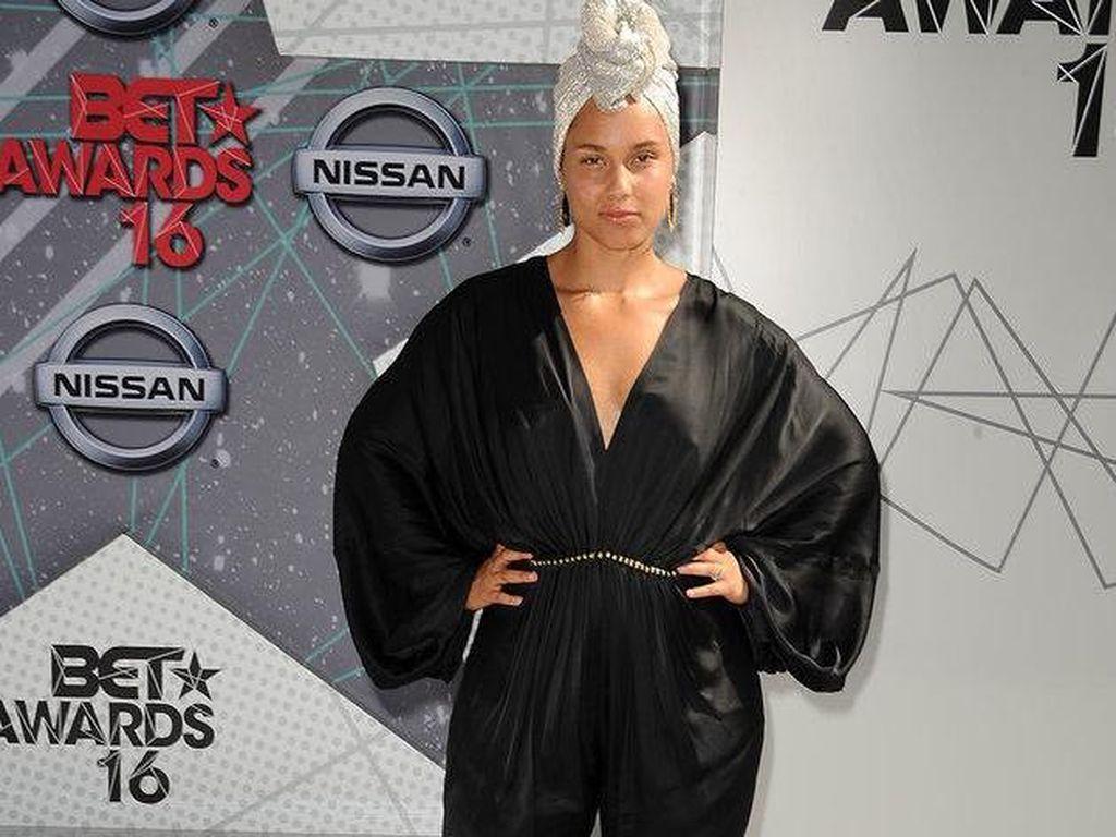 Alicia Keys Percaya Diri Tampil Tanpa Makeup di BET Awards