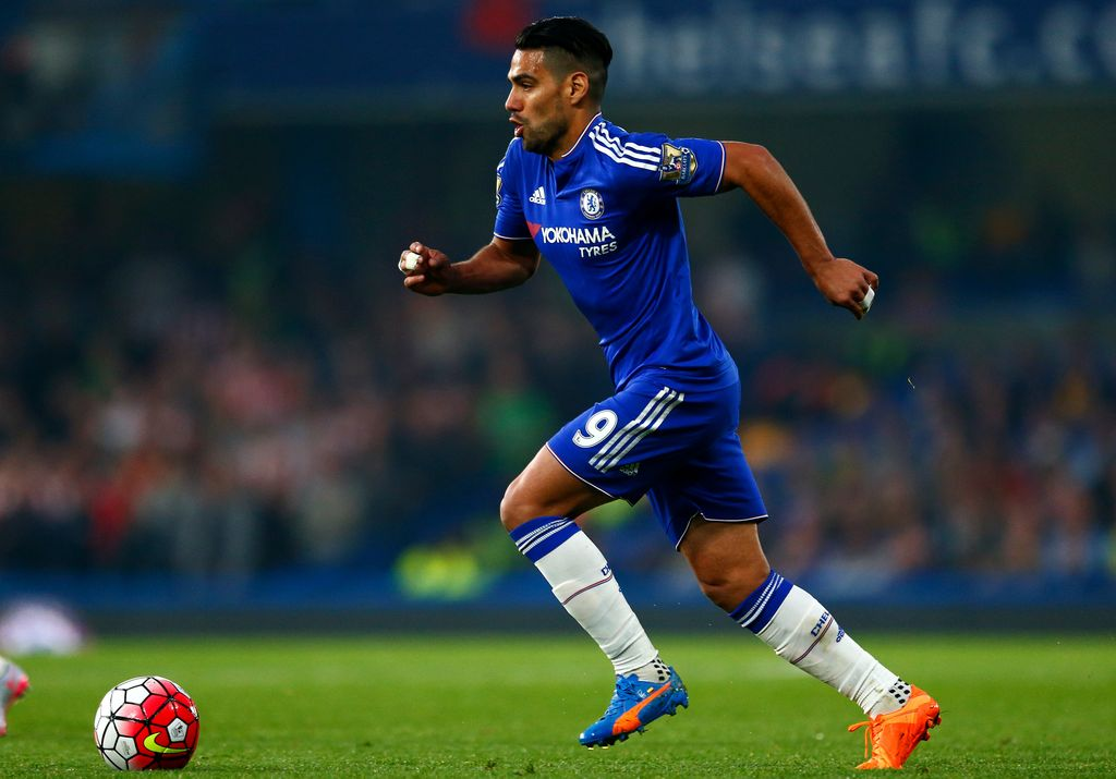 LONDON, ENGLAND - OCTOBER 03:  Radamel Falcao Garcia of Chelsea in action during the Barclays Premier League match between Chelsea and Southampton at Stamford Bridge on October 3, 2015 in London, United Kingdom.  (Photo by Julian Finney/Getty Images)