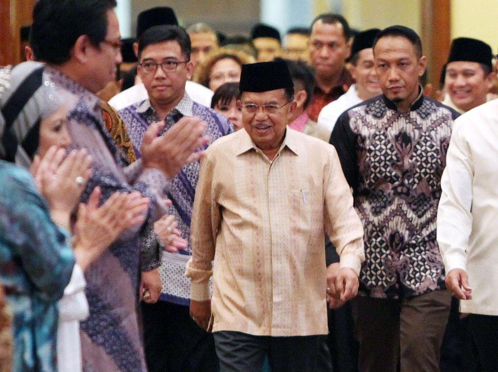 Dialog Ekonomi dan Buka Puasa Bersama Kadin