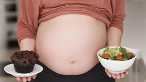 Peneliti Klaim Efek Makan Junk Food Saat Hamil bagi Janin Bisa Dicegah